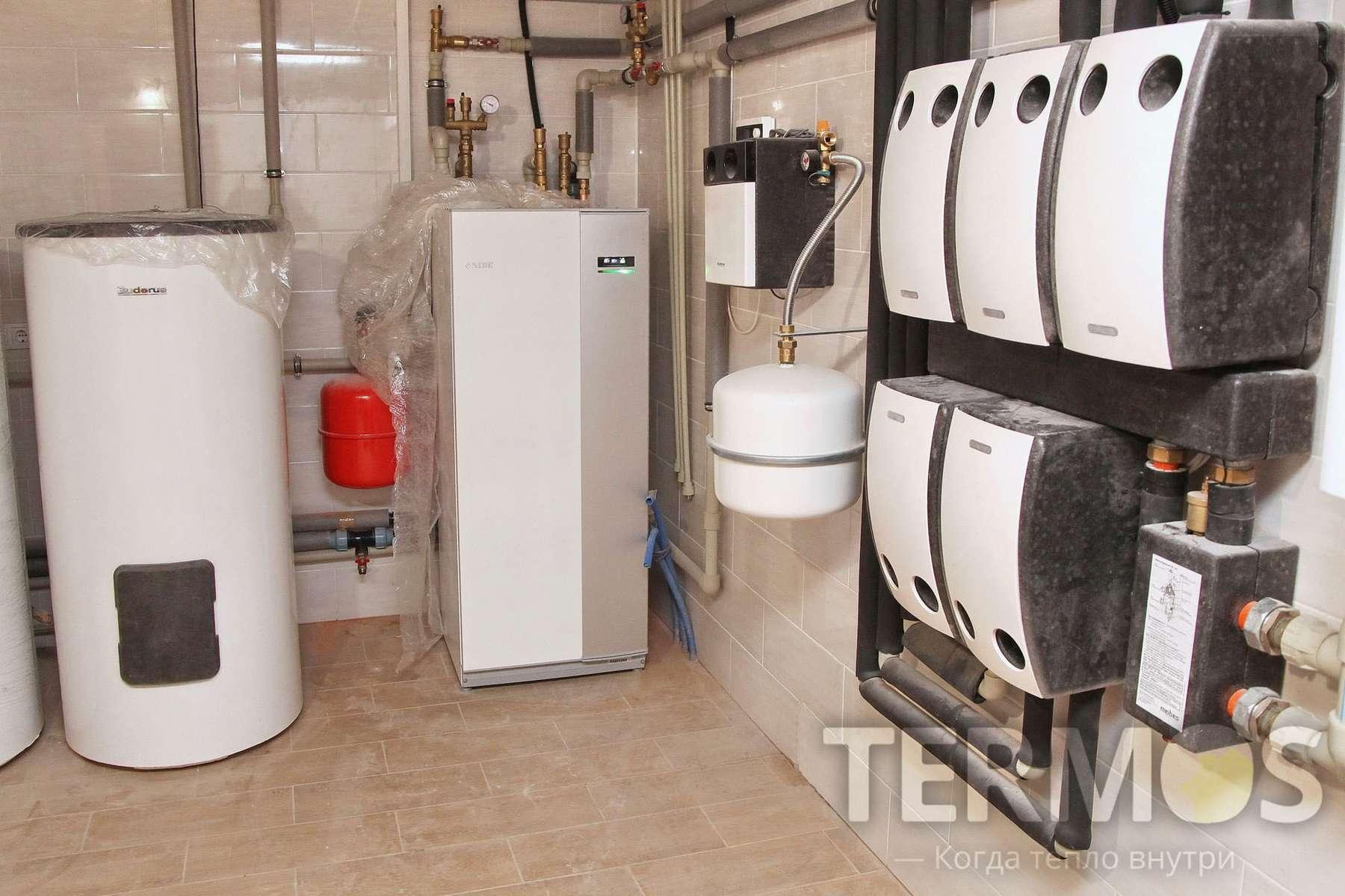 Киев. Дом 350 кв м система отопления, на геотермальном тепловом насосе NIBE F1155 (Швеция) 16 кВт, с 5 геотермальными скважинами по 65 м