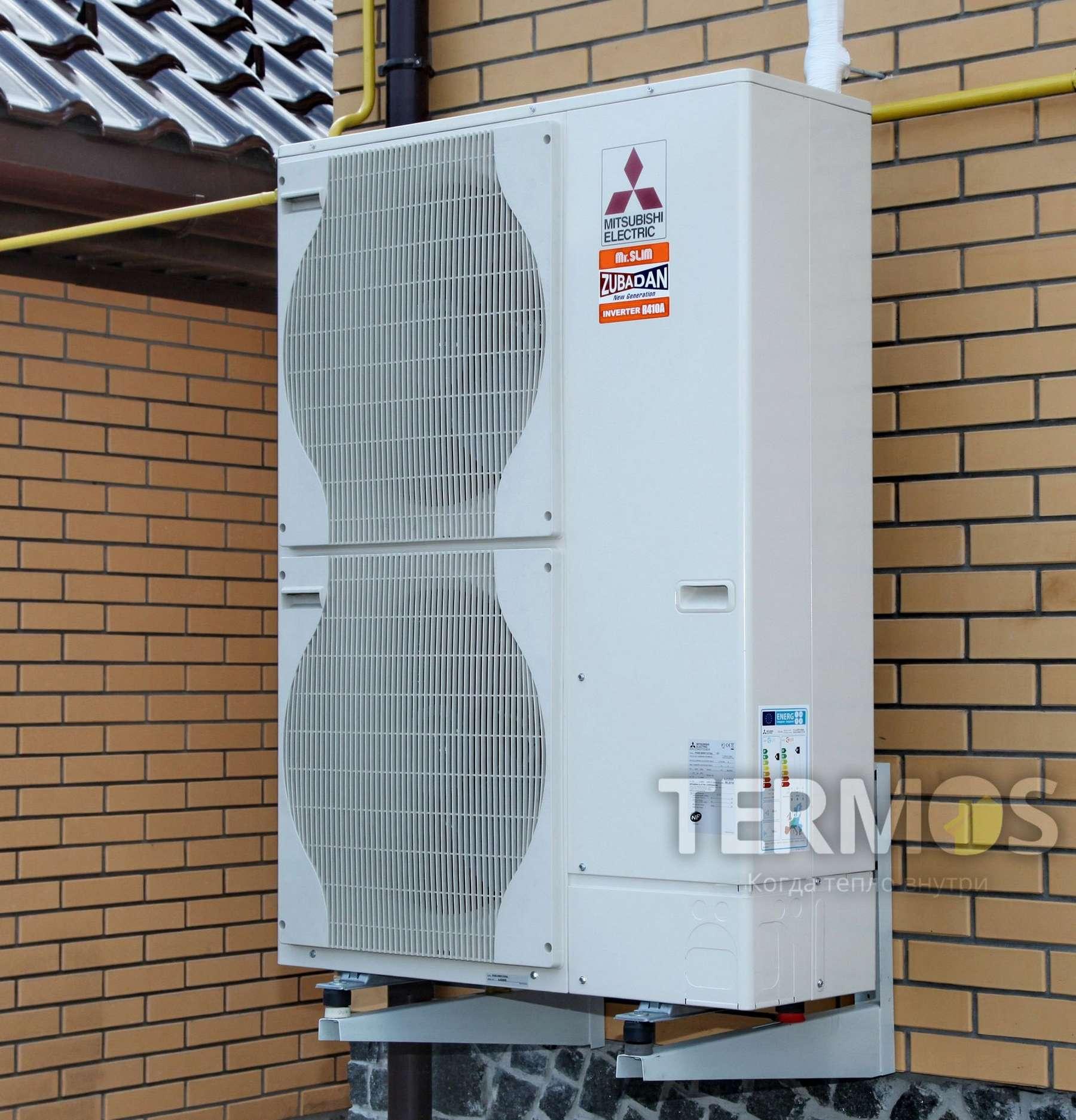 Белая Церковь. Дом 180 кв.м. Воздушный тепловой насос ZUBADAN MITSUBISHI ELECTRIC (Япония) 14 кВт, с функциями отопления и приготовления горячей воды в специализированном бойлере 300 литров