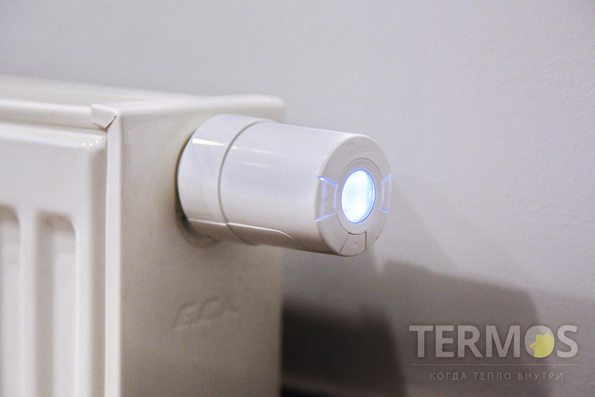 Беспроводные термогголовки радиаторов - подключены к общей системе управления температурами в помещениях. Обеспечивают регулировку температуры в помещениях с радиаторным обогревом