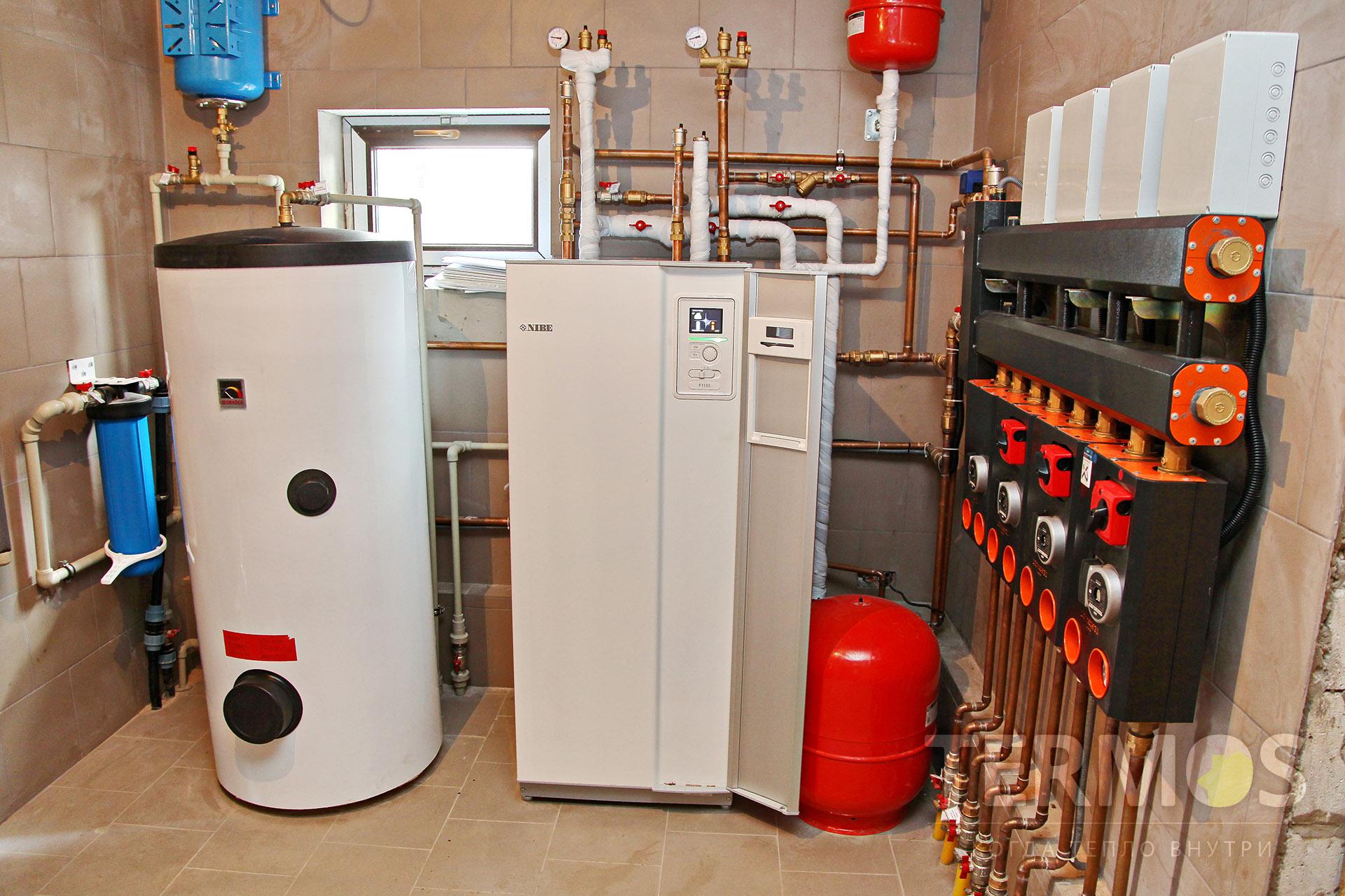 2017 год, с. Петровцы. Дом 300 м кв. Система отопления на геотермальном инверторном тепловом насосе NIBE 1155 16 кВт, с 5 геотермальными скважинами по 70 м