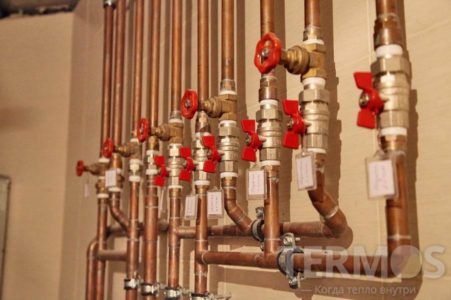 Узел подключения контуров системы отопления