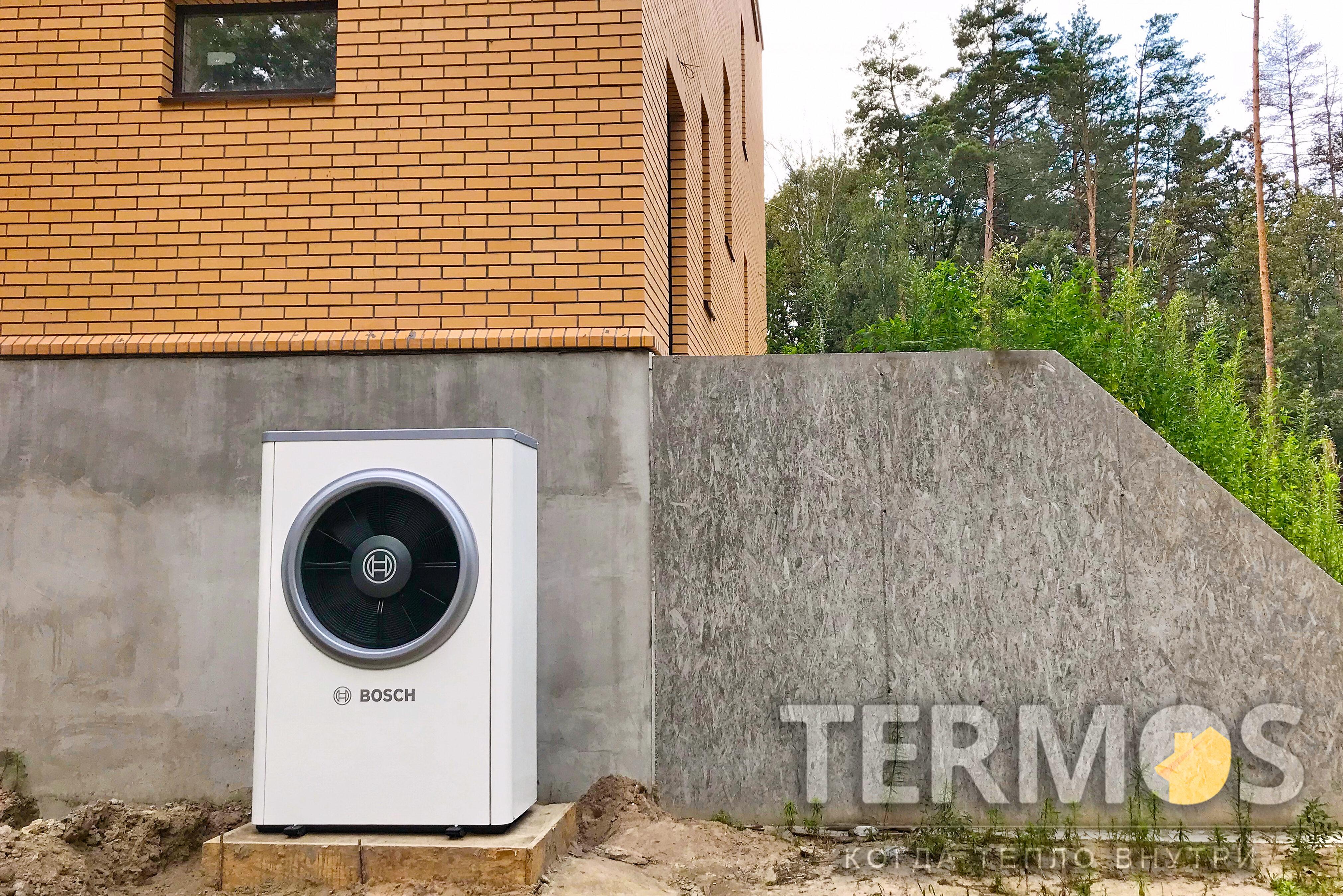 Дом 300 кв м. Реверсивный тепловой насос BOSCH Compress 7000i 17Квт (Германия) с электрокотлом Bosch Tronic Heat 3500 15кВт в качестве дполнительного нагрева