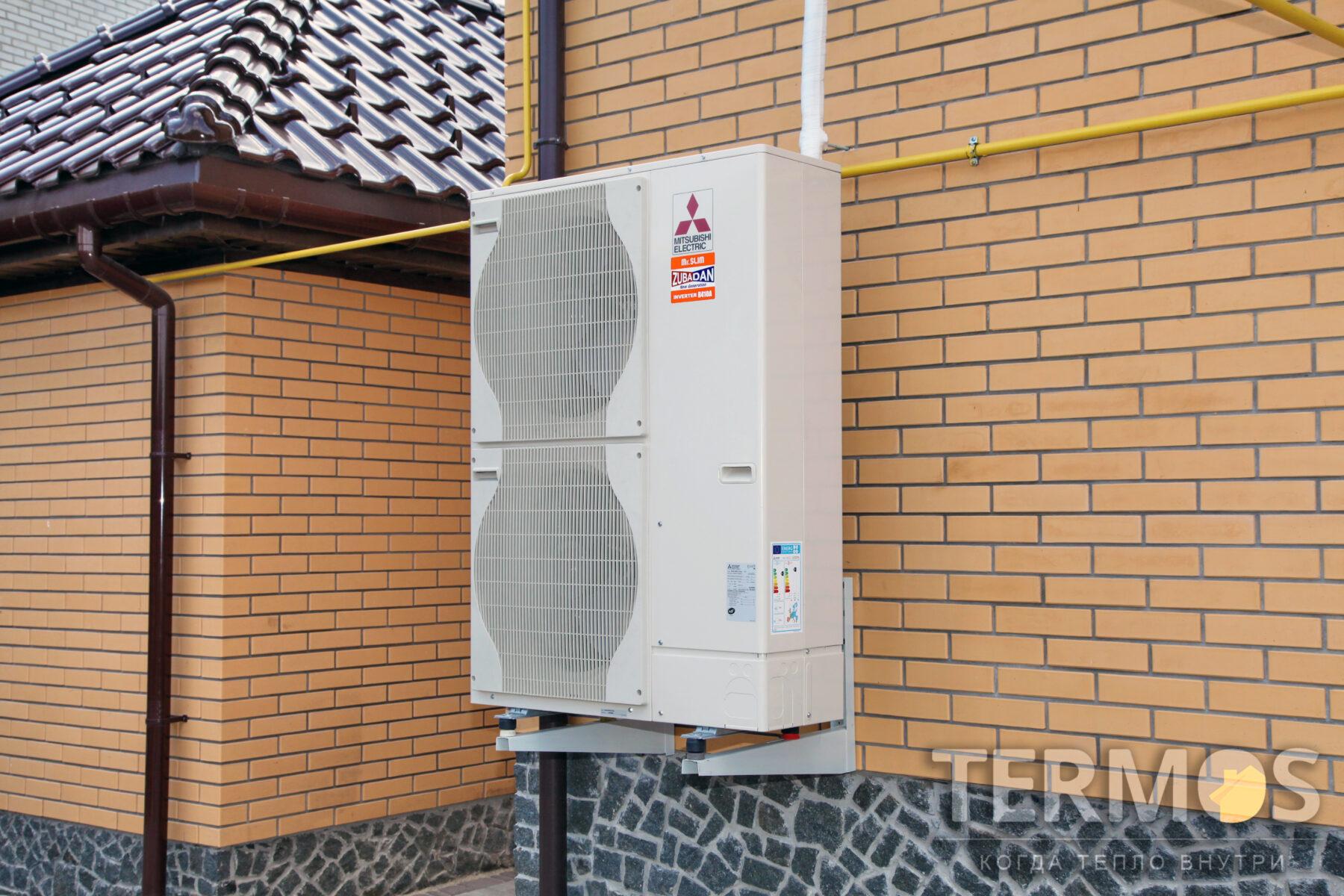 Біла Церква. Будинок 180 кв.м. Повітряний тепловий насос ZUBADAN MITSUBISHI ELECTRIC (Японія) 14 кВт, з функціями опалення і приготування гарячої води в спеціалізованому бойлері 300 літрів