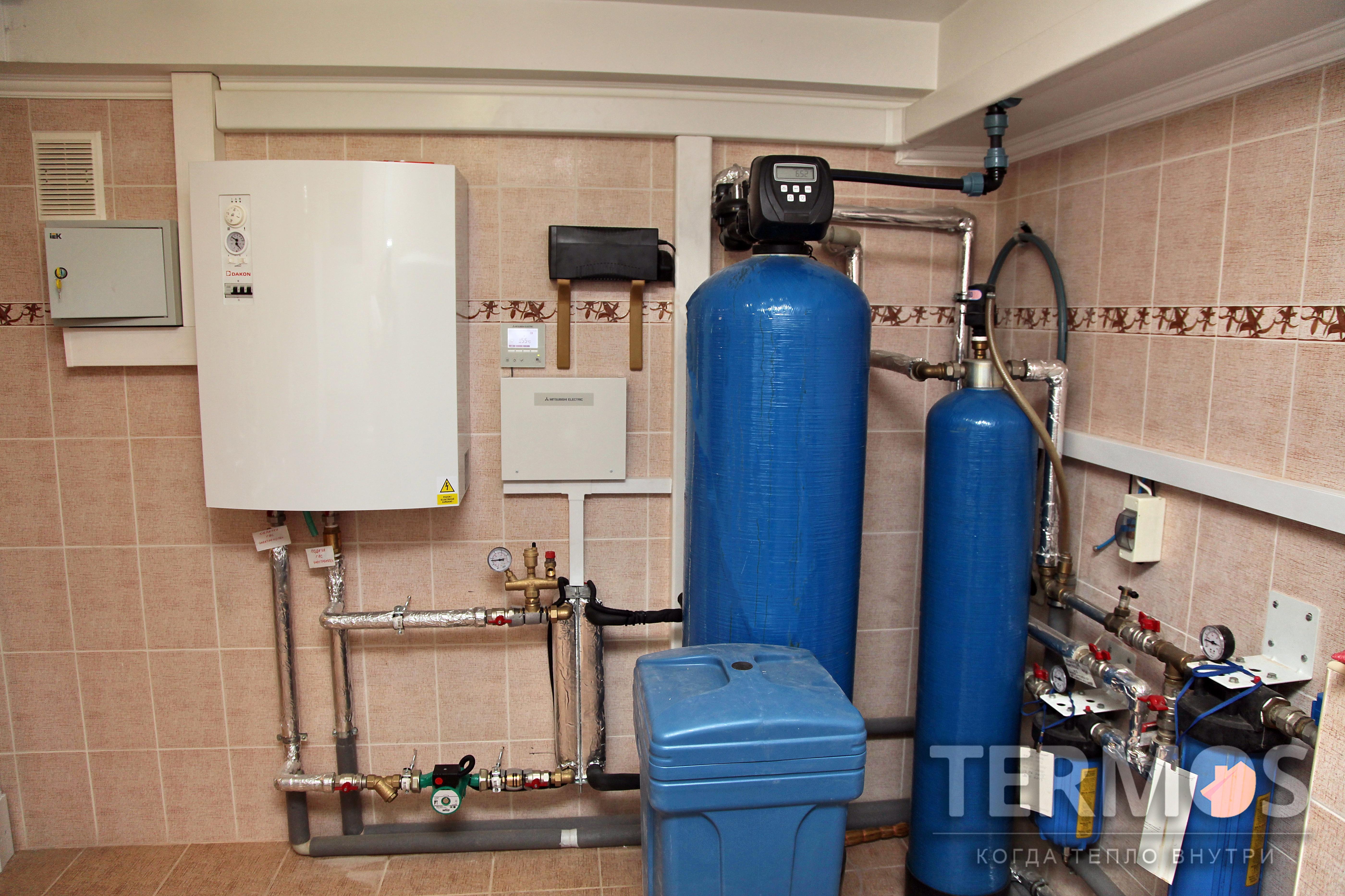Тепловой насос обеспечивает экономичное отопление дома и приготовление горячей воды в основной температурной зоне нашего региона (-10 С) , после чего, при необходимости, подключается доп. нагрев