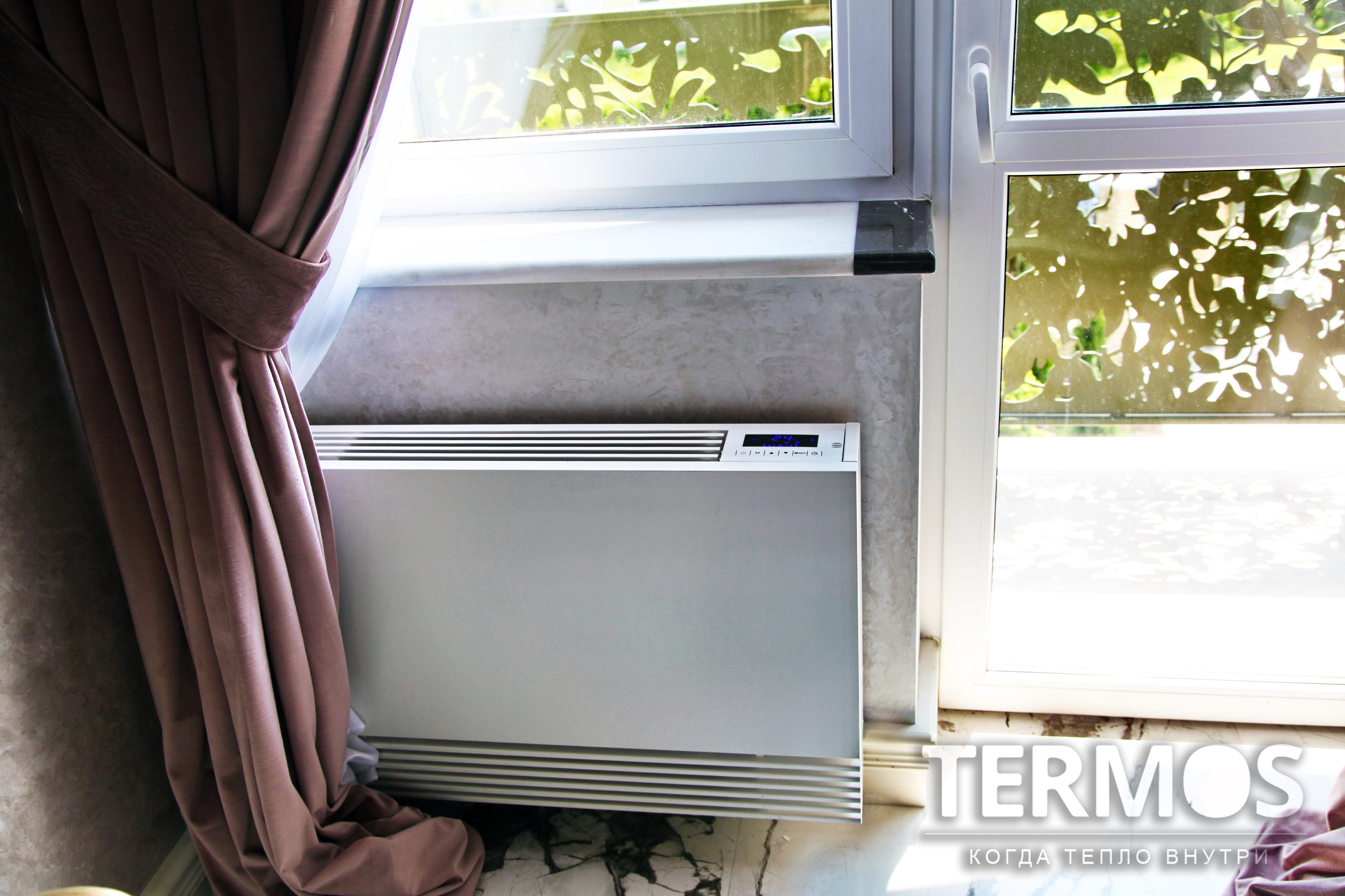 Настенный фанкойл - прибор который может работать как в режиме отопления, так и в режиме охлаждения