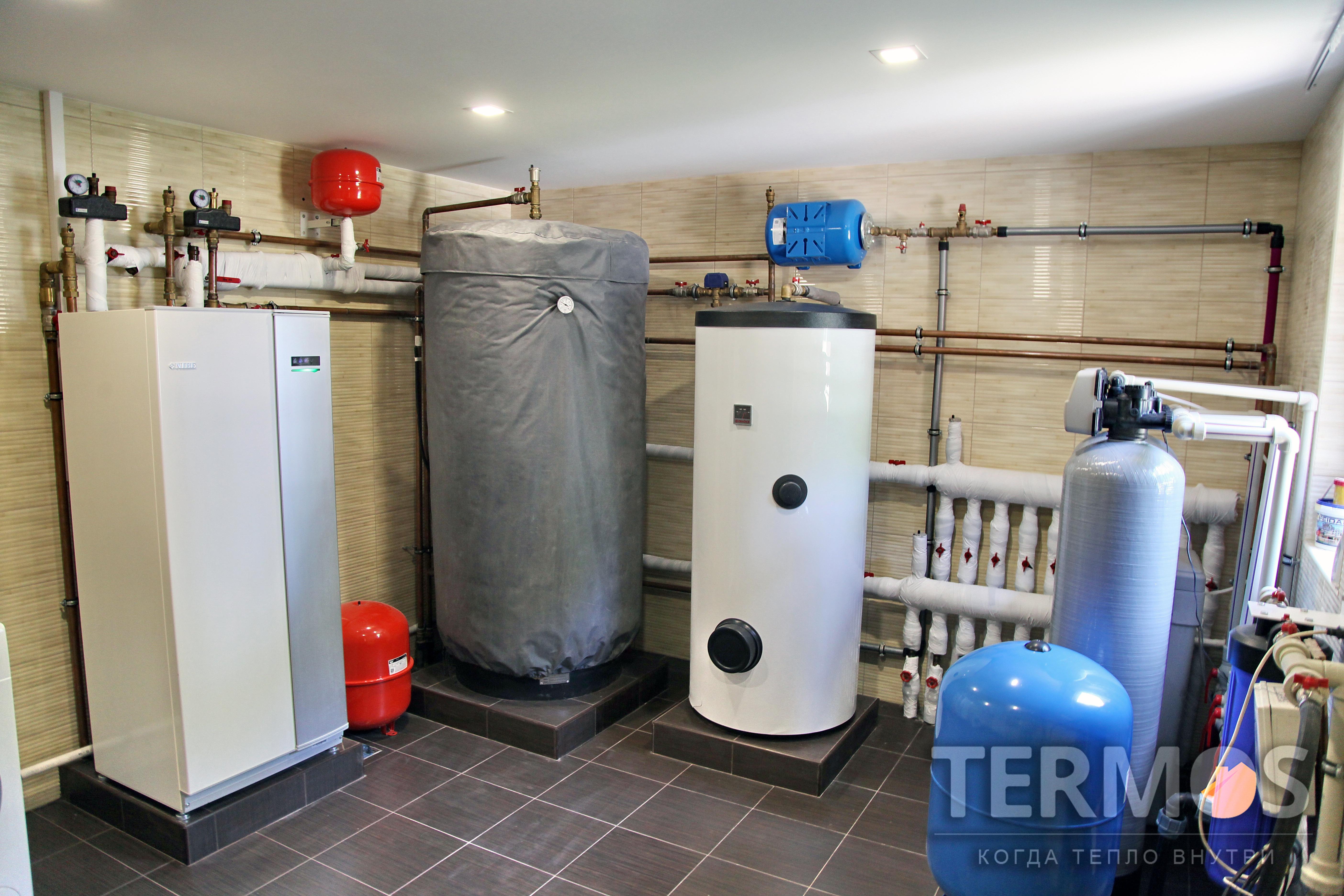 Дом 260 кв м. Тепловой насос NIBE (Швеция) 12 кВт, с пятью геотермальными скважинами по 55 м