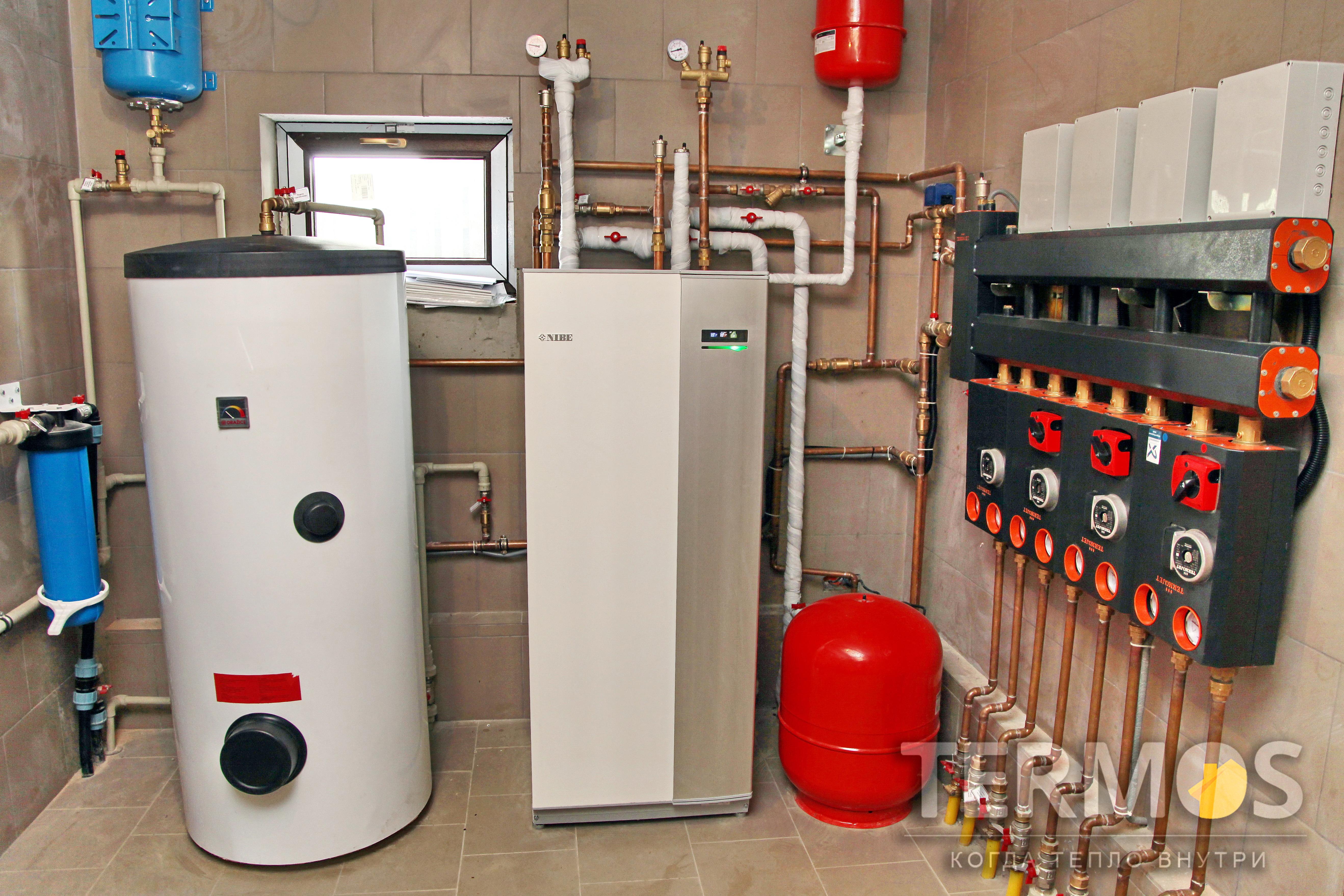 Дом 300 м кв. Инверторный тепловой насос NIBE 16 кВт, с 5 геотермальными скважинами по 70 м