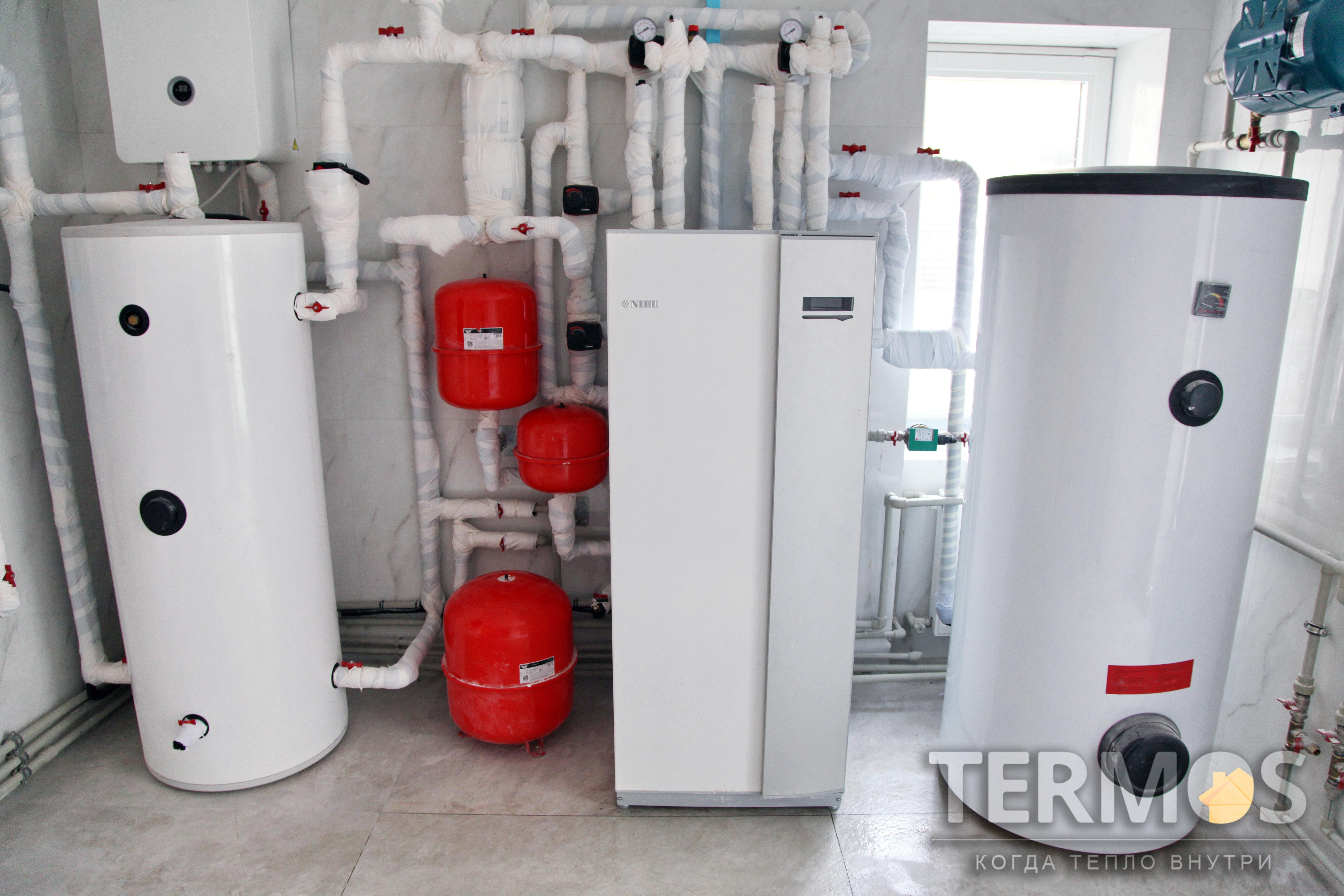 Дом 380 м кв. Тепловой насос NIBE (Швеция) 17 кВт, с 5 геотермальными зондами по 80 м