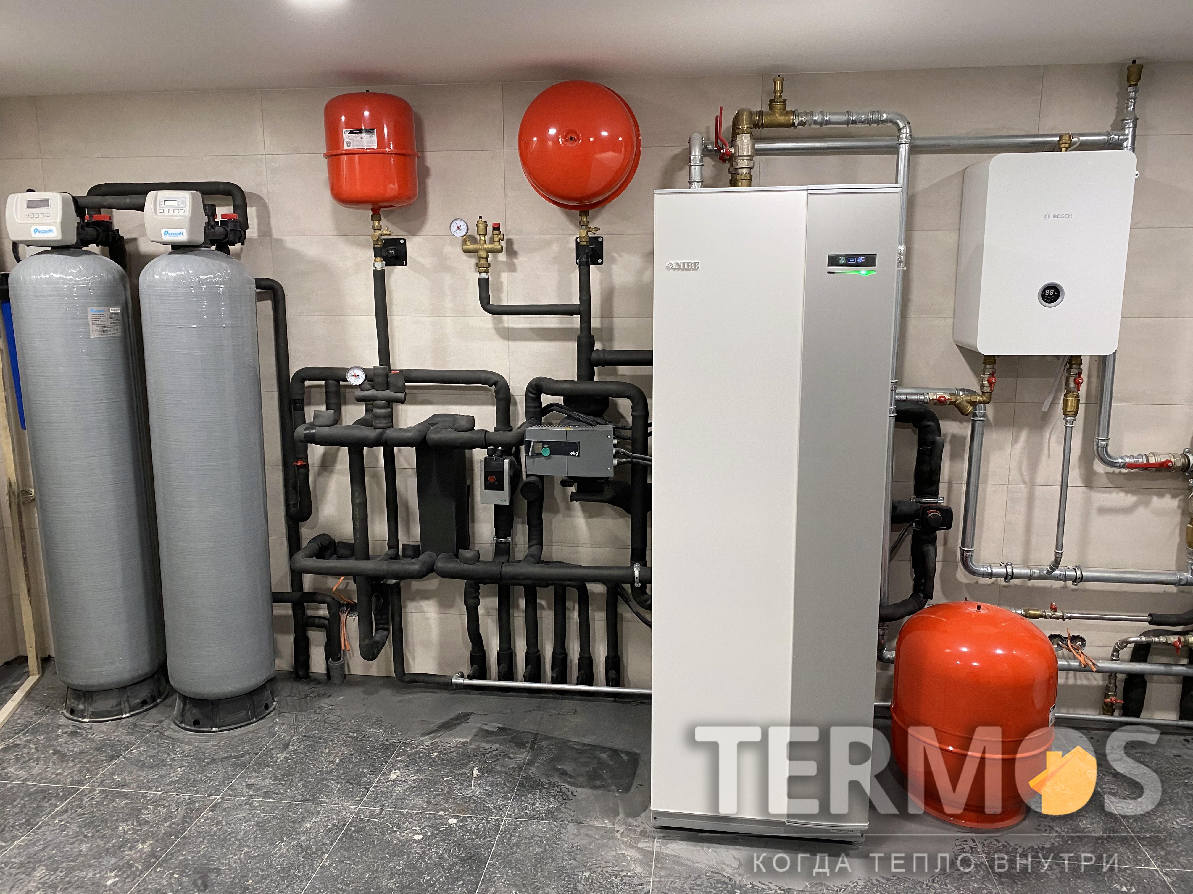 Тепловой насос NIBE (Швеция) F1345 - 40 кВт, резервный электрокотел BOCSH ( Германия) 24 кВт, высокоэффективный бойлер 500 л для приготовления горячей воды